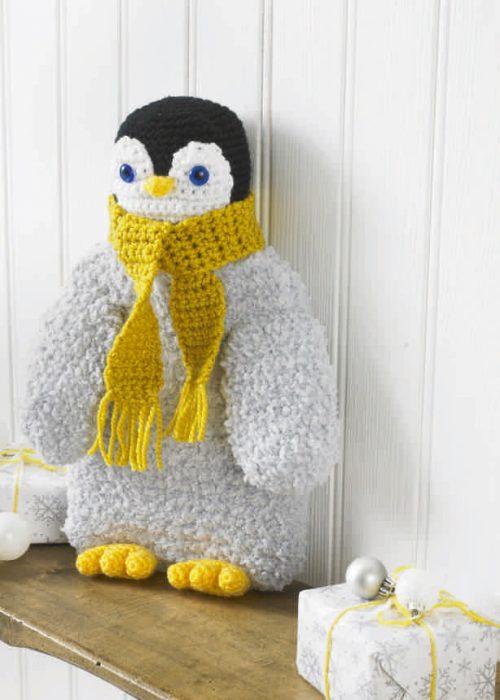K3898 K3898 Xmas Crochet Book Five P1 24 42 500x700